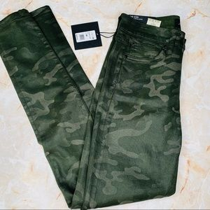 JOE'S JEANS ICON ANKLE SKINNY COATED CAMO JEANS 26